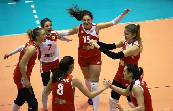 Женският волейболен отбор на ЦСКА спечели гостуването си на Раковски