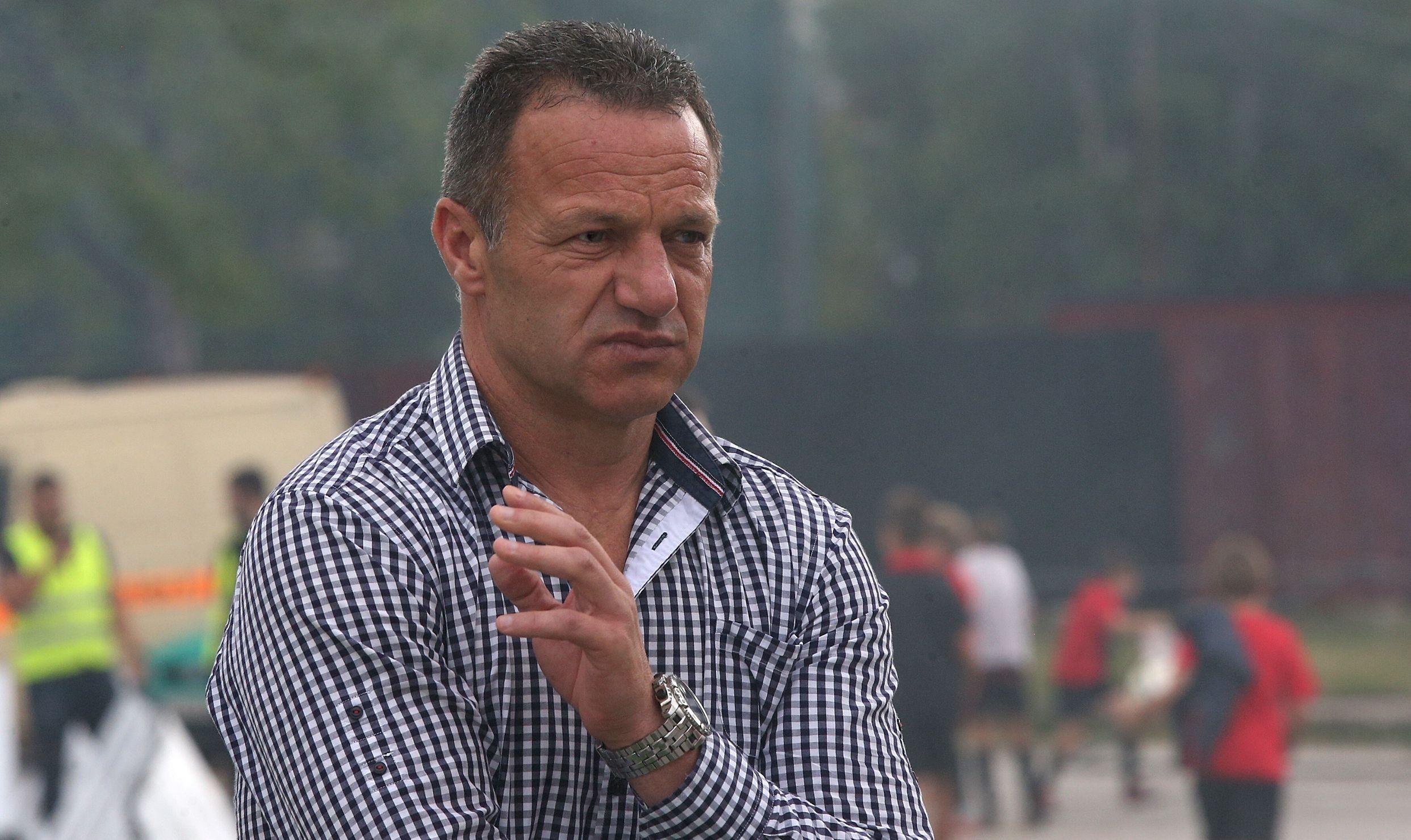 Треньорът на Локомотив (София) Младен Додич анонсира привличането на нов