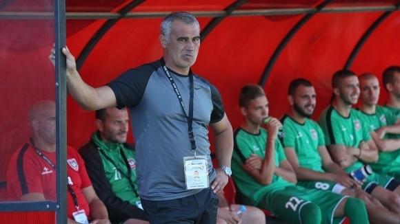 Старши треньорът на Ботев (Враца) Сашо Ангелов взе в групата