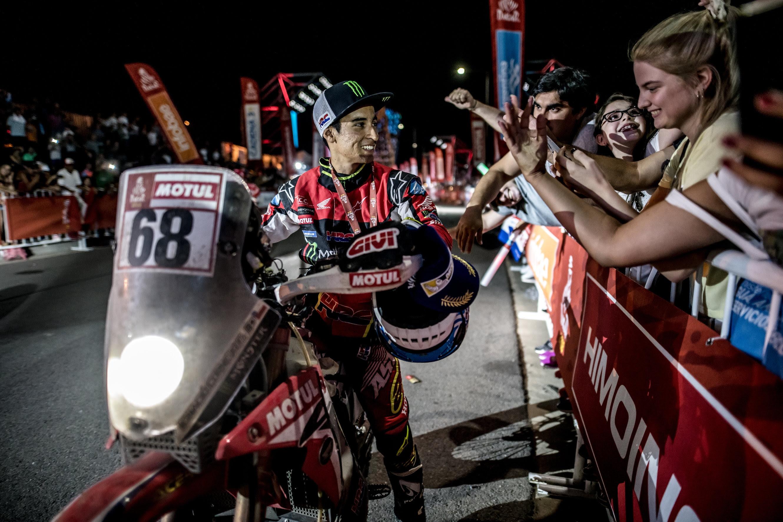 Кевин Бенавидес от тима на Honda даде на хилядите местни