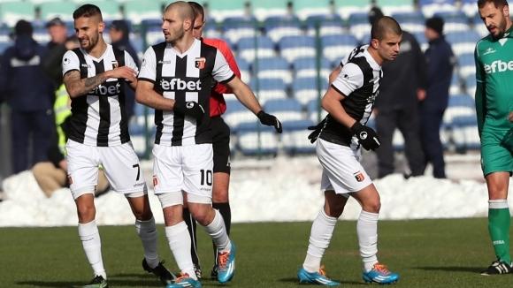Отборът на Локомотив (Пловдив) победи с 1:0 Марица (Пловдив) в