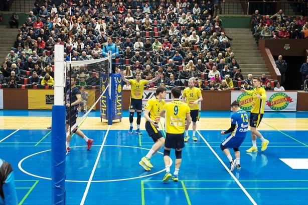 Волейболистите на Хебър (Пазарджик) записаха 5-а поредна и общо 12-а