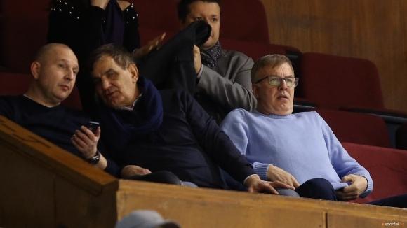 Футболистите на Левски подкрепиха баскетболистите на Левски Лукойл при победата