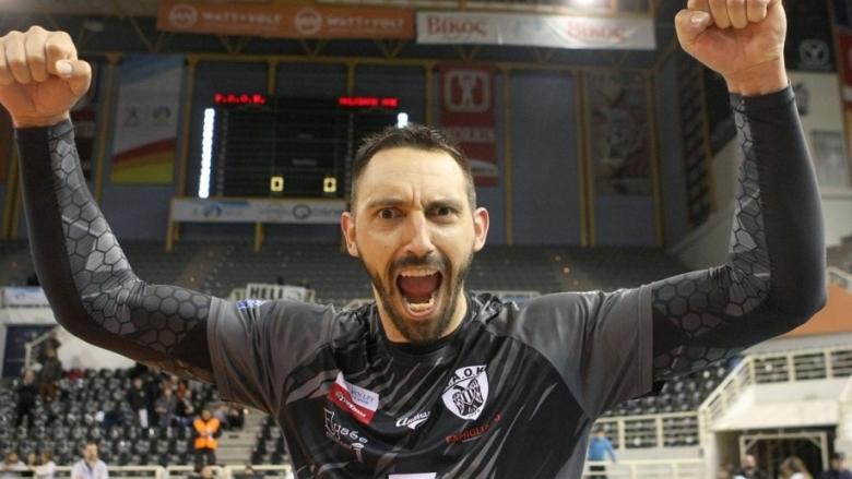 Националът Николай Учиков и неговият ПАОК (Солун) записаха победа №14
