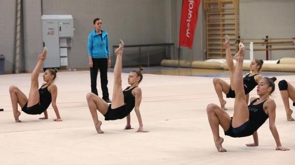 Българският ансамбъл спечели сребърен медал на финала на три топки