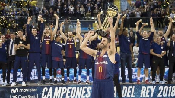 Отборът на Барселона, където играе българският национал Александър Везенков, спечели