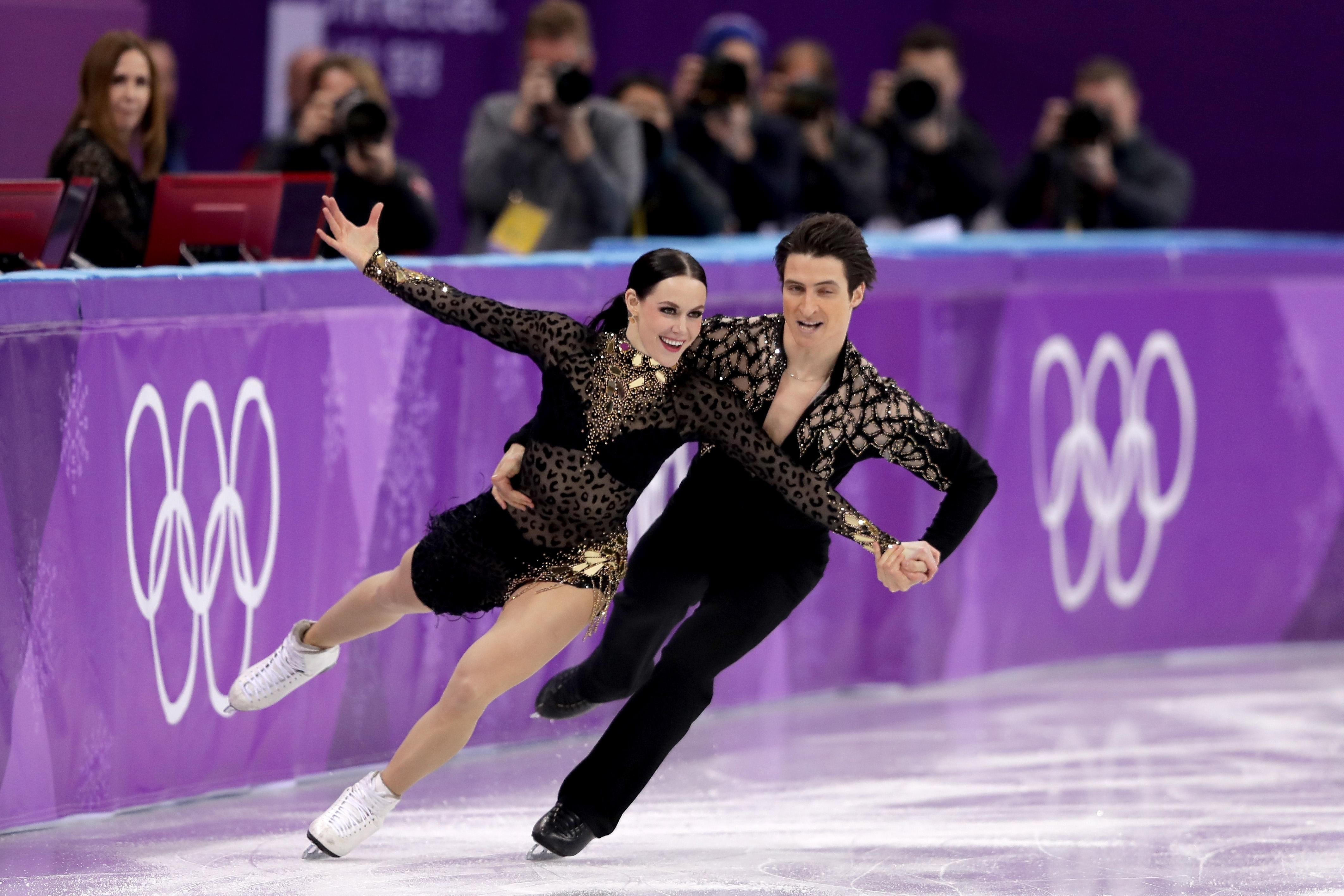 Олимпийските вицешампиони от Сочи 2014 Теса Върчу и Скот Мойр