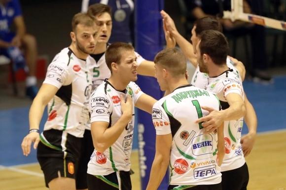 Волейболистите на Добруджа 07 (Добрич) не оставиха шанс и победиха
