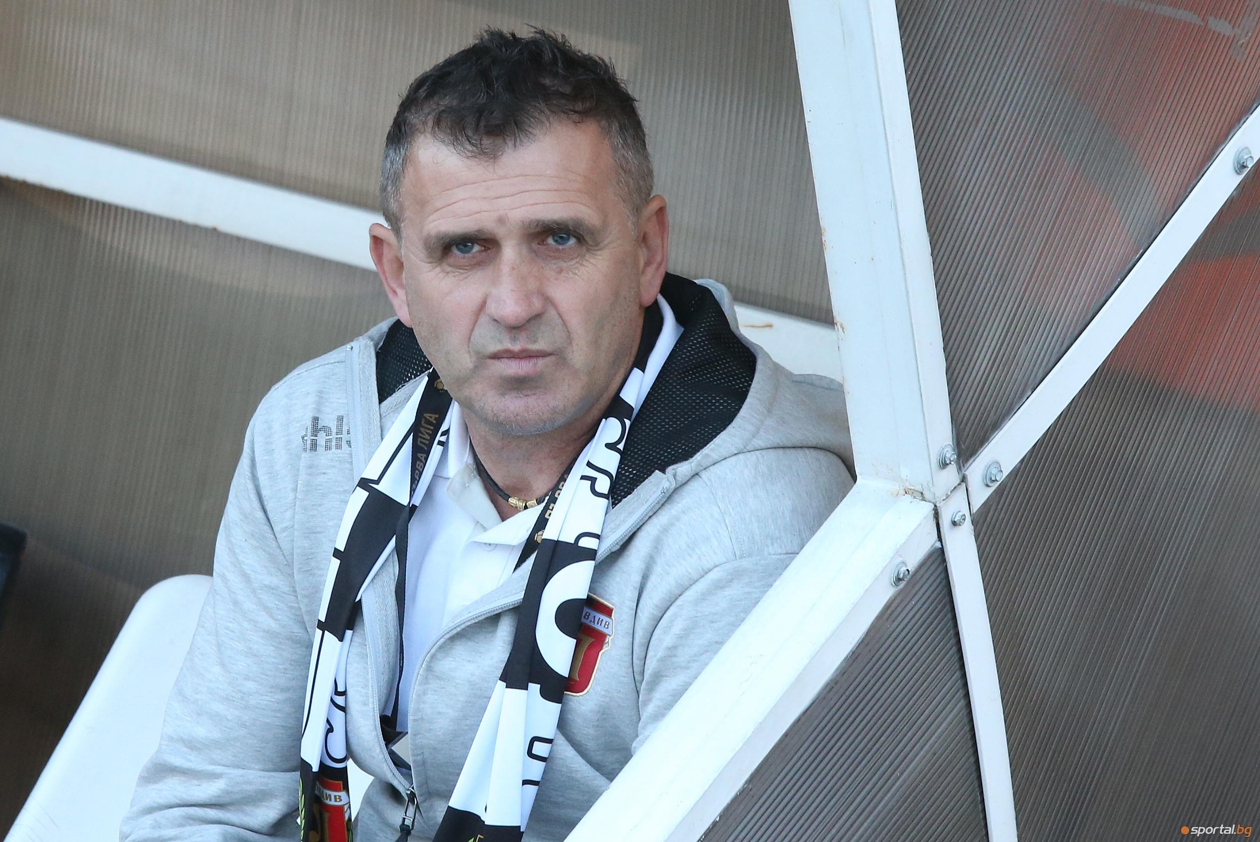 Представителният тим на Локомотив (Пловдив) поднови тренировки днес. Възпитаниците на