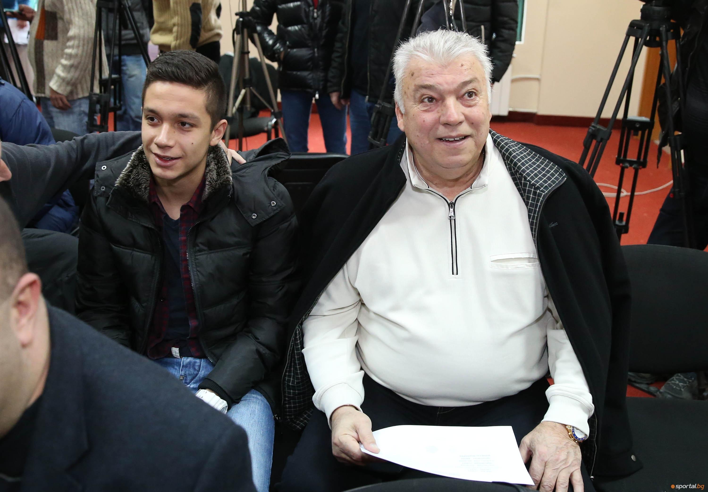 Почетният президент на Локомотив Пловдив Христо Бонев бе много разстроен