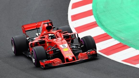 Себастиан Фетел и Ферари сплашиха конкуренцията с рекордно бърза обиколка,