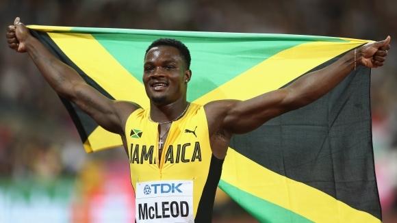 Олимпийският и световен шампион на 110 метра с препятствия Омар