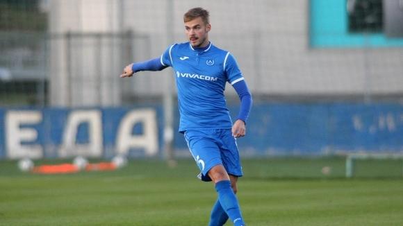 Защитникът на столичния Левски Холмар Ейолфсон попадна в групата от