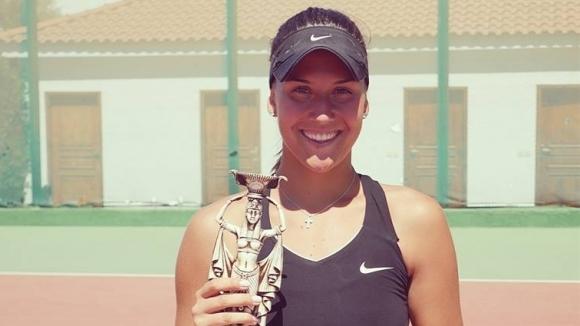 Джулия Терзийска се класира за финала на двойки на турнира