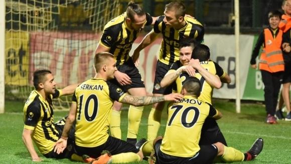 Ботев Пловдив затваря участието си в редовния сезон с домакинство