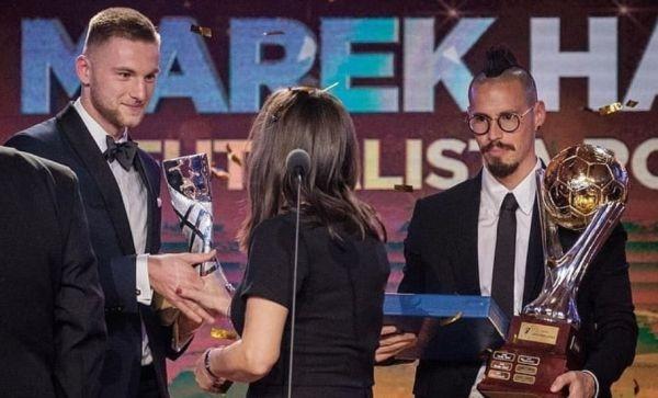 Халфът на Наполи Марек Хамшик беше избран за най-добър футболист