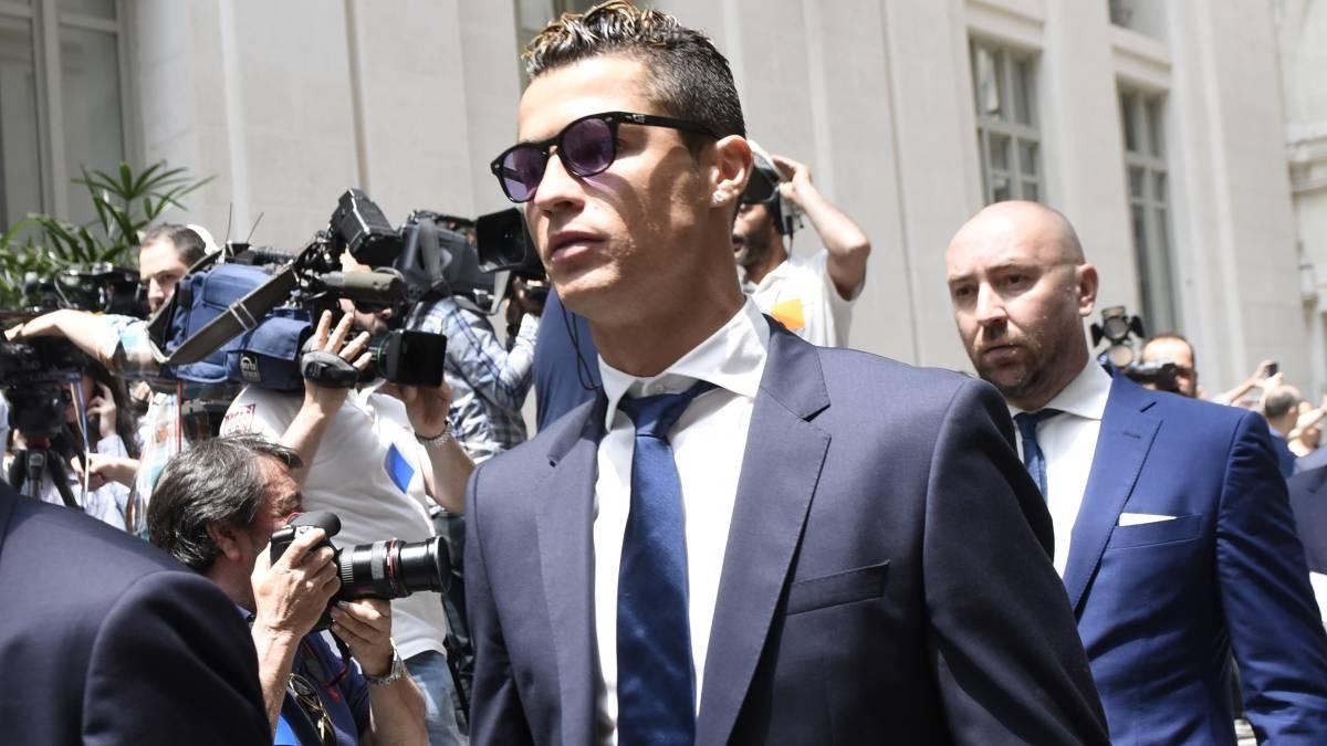 Данъчните власти в Испания категорично са отхвърлили предложението на Кристиано