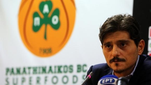 Противоречивият собственик на гръцкия Панатинайкос Димитрис Янакопулос е изпратил специален