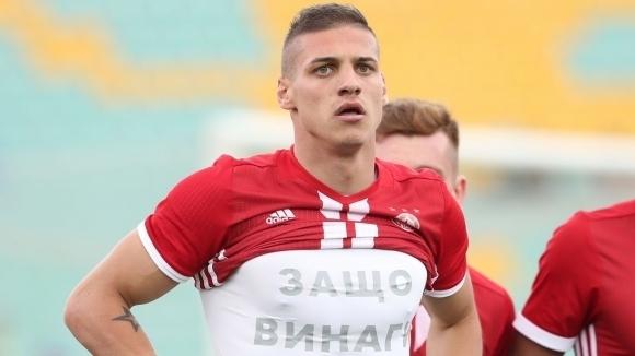 Младата звезда на ЦСКА-София Кирил Десподов е получил покана да