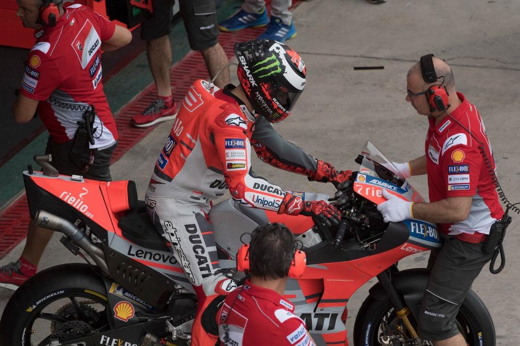Слухове в Испания пращат петкратния мотоциклетен шампион Хорхе Лоренсо в