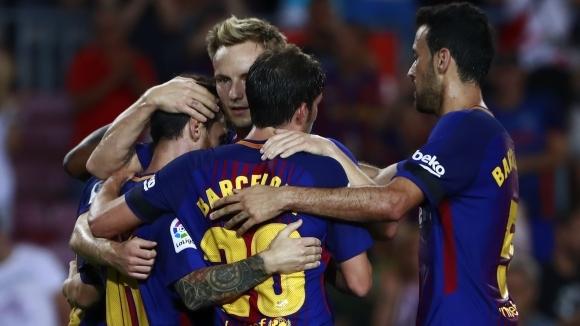Ключовите халфове на Барселона Иван Ракитич и Серхио Бускетс са