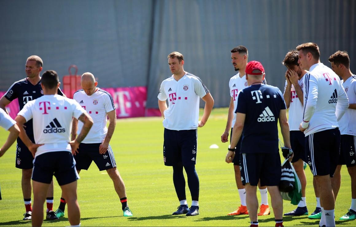 Вратарят на германския национален отбор Мануел Нойер най-после днес тренира