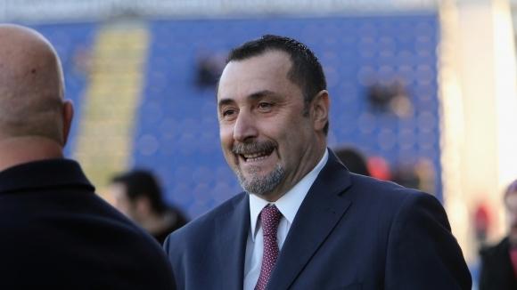Спортният директор на Милан Масимилиано Мирабели бе крайно разочарован от