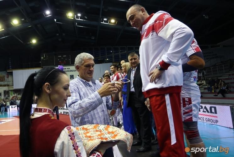 Спортният директор на ОСК Лукойл Сашо Везенков разкри още една