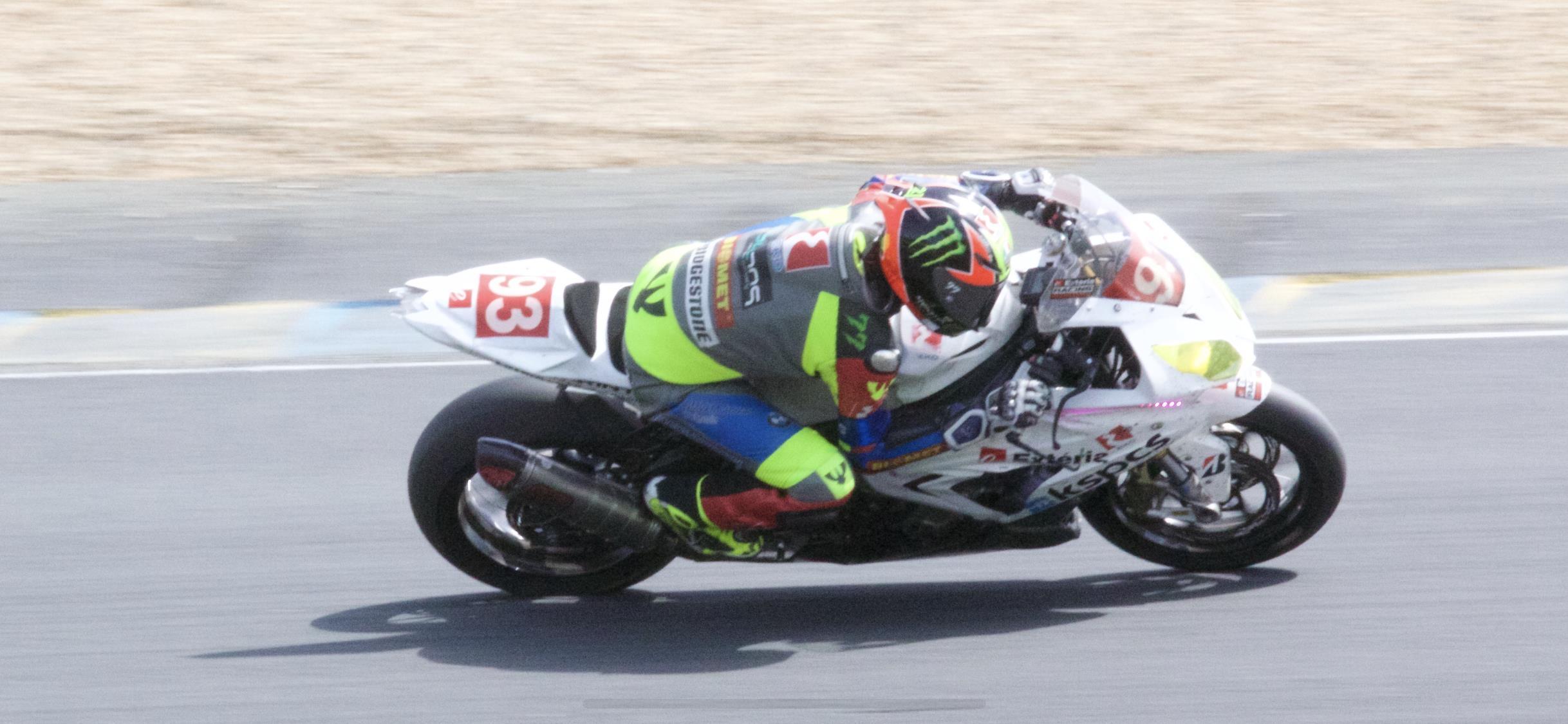 Най-добрият ни мотоциклетист в клас 1000cc Мартин Чой записа най-доброто