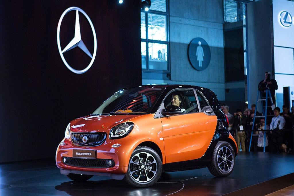 Автомобилната компания Smart, собственост на немския автомобилен концерн Daimler, става