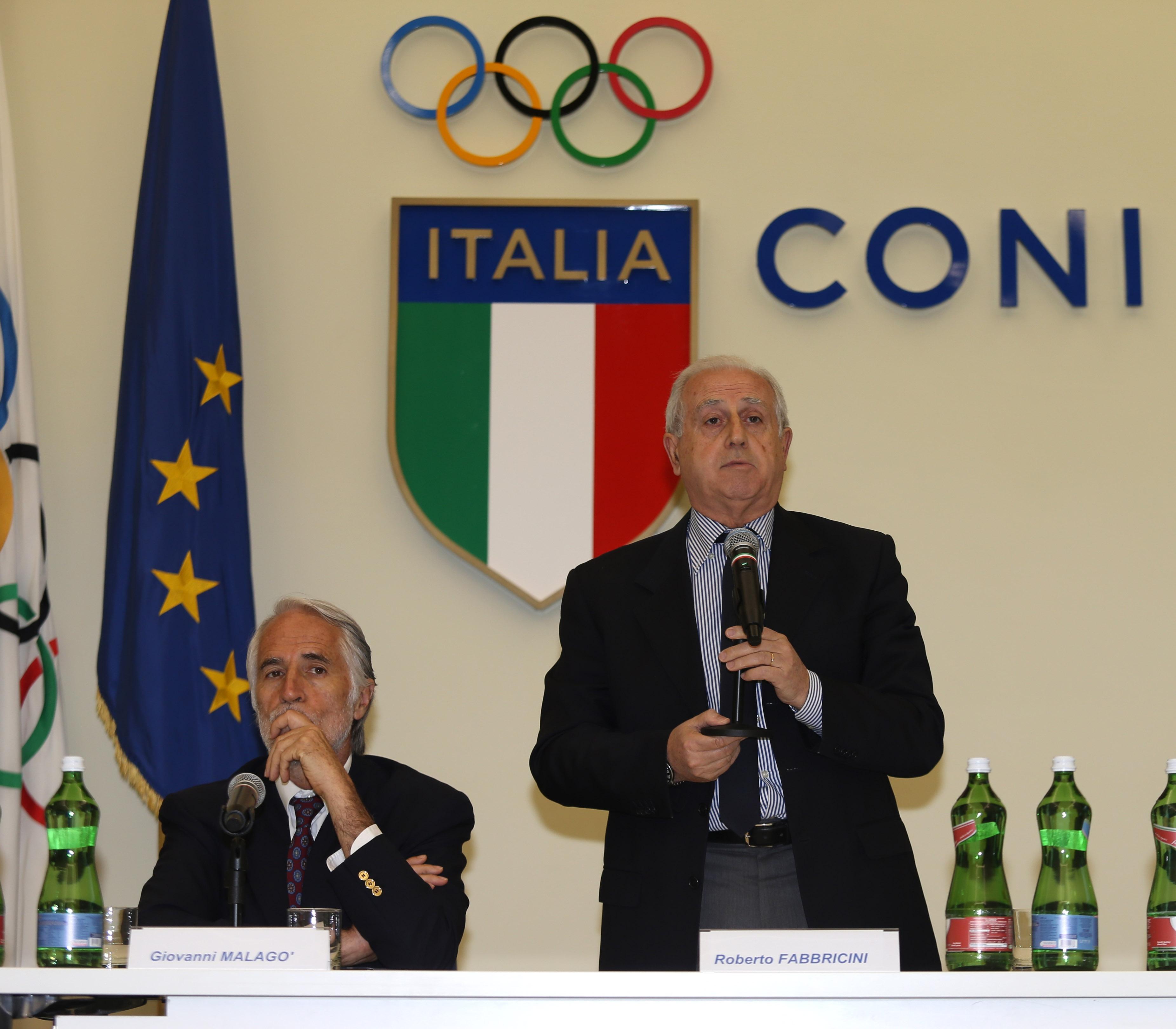 О Италианската футболна федерация потвърдиха, че са се срещнали с