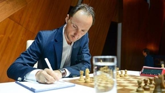 Гросмайстор Веселин Топалов направи реми в шестия кръг на силния