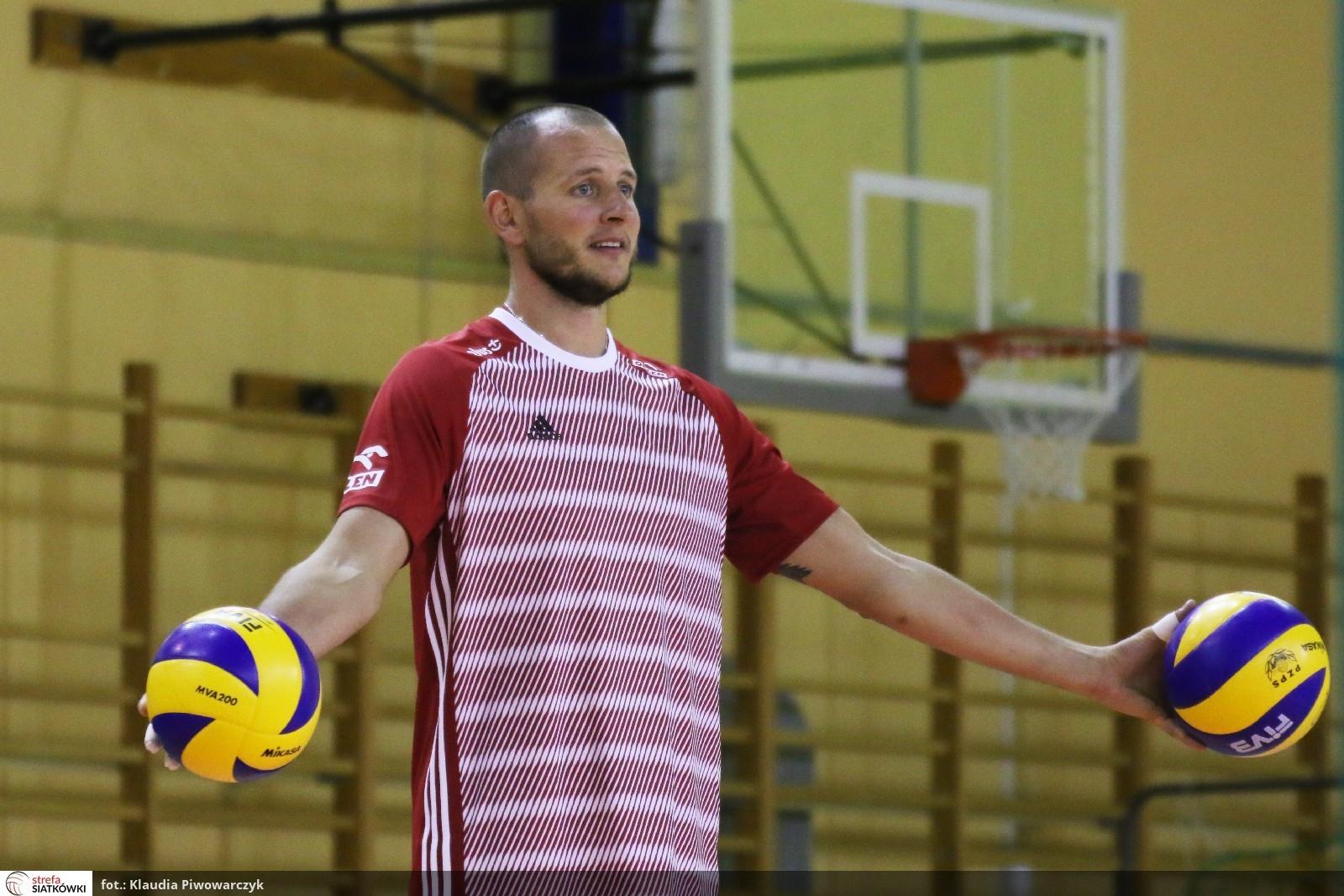 Селекционерът на полския национален отбор Витал Хейнен обяви избраниците си