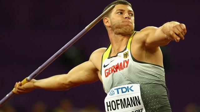 Андреас Хофман демонстрира още веднъж през сезона, че няма намерение