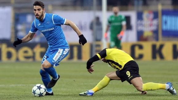 Испанският полузащитник Жорди Гомес иска да остане в Левски и
