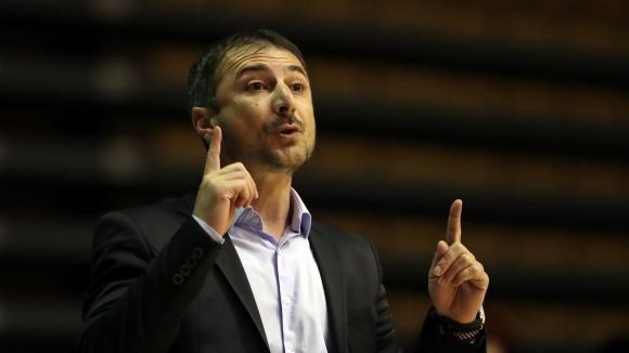 Треньорът на Академик Бултекс Асен Николов не бе щастлив след