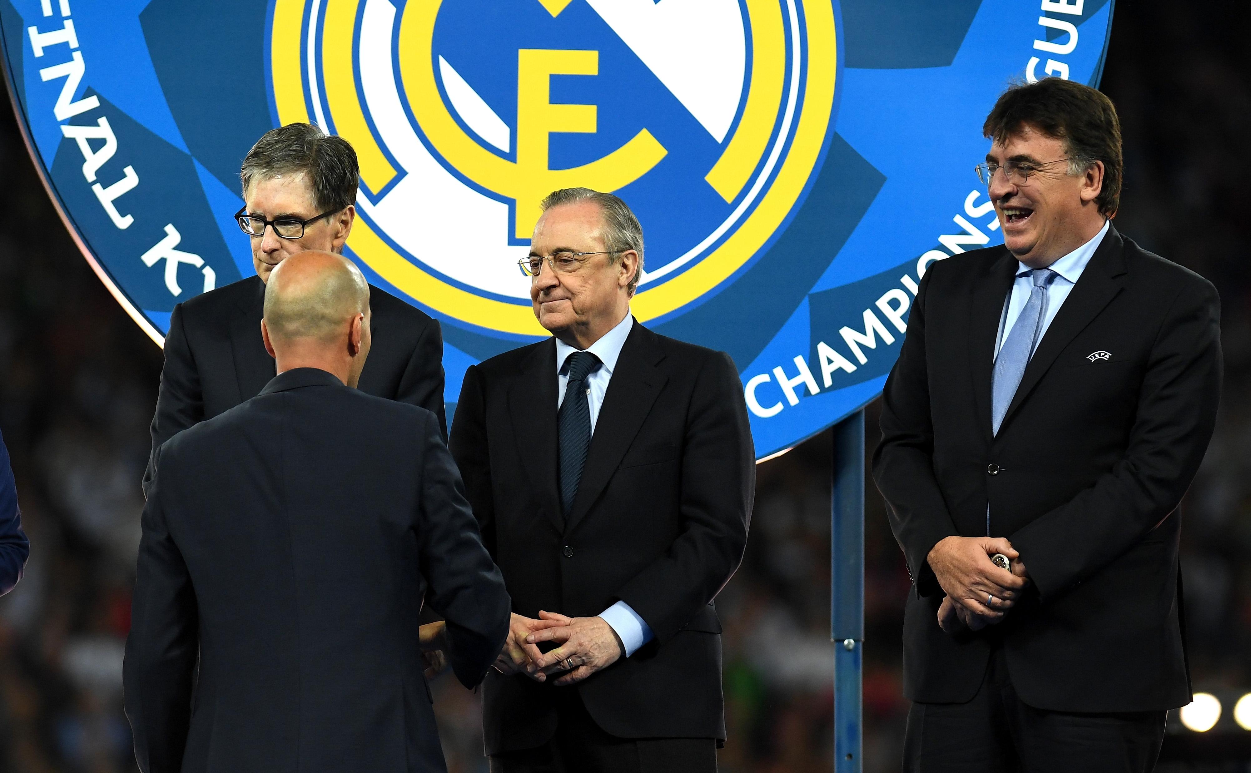 Големият съперник на Реал Мадрид в Испания - Барселона, беше