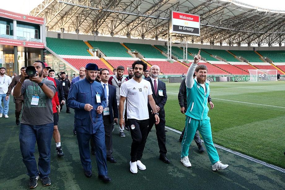 Мегазвездата на Египет Мохамед Салах пристигна на тренировката на своите