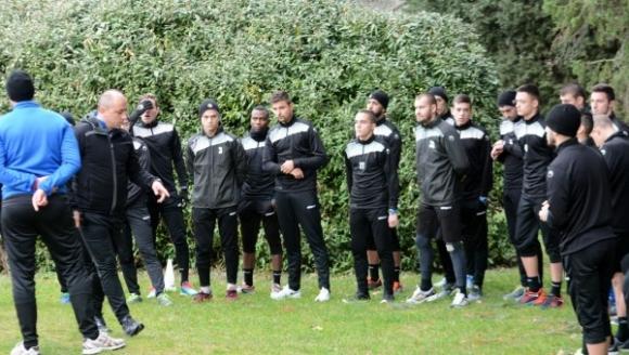 С група от 26 футболисти ще започне предсезонната си подготовка