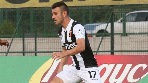 Дългогодишният футболист на Локомотив (Пловдив) Ванчо Траянов реши да сложи