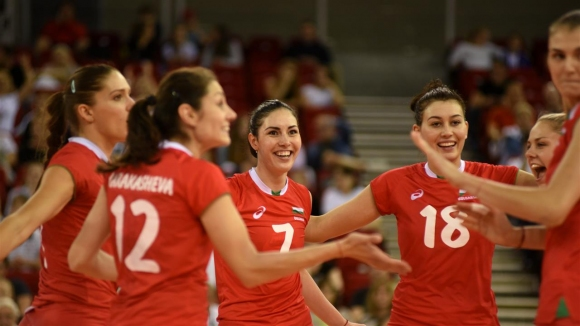 Волейболистките от националния отбор на България се класираха без проблеми