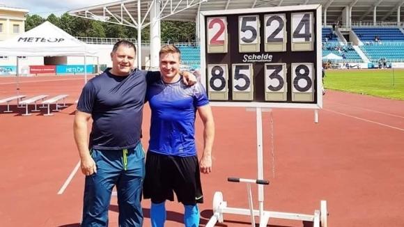 Бронзовият медалист в хвърлянето на копие от Световното първенство в