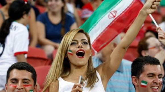 Иранските жени ще бъдат допуснати да гледат мачове на националния