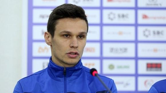 Хърватският полузащиник Иван Църнов е поредният чуждестранен футболист, който започна