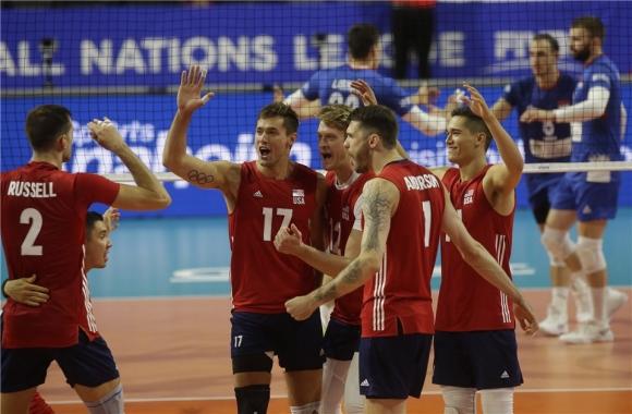 Волейболистите на САЩ не дадоха никакъв шанс на съперниците си