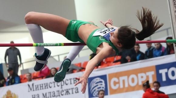 Елеонора Драгиева (Берое-Ст.Загора) спечели титлата в скока на височина при