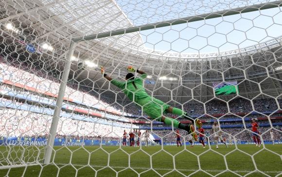 Мегазвездата на българския футбол Христо Стоичков коментира сръбската победа с