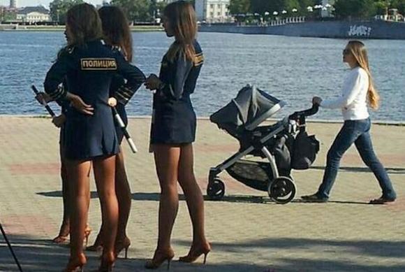 Истинско възхищение предизвикаха руските полицайки у японски фенове в дните