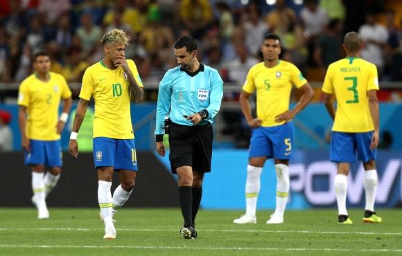 С равенството 1:1 срещу Швейцария Бразилия се върна 30 години