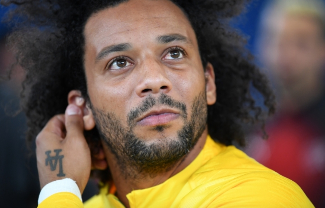 Извелият с капитанската лента отбора на Бразилия срещу Швейцария (1:1)